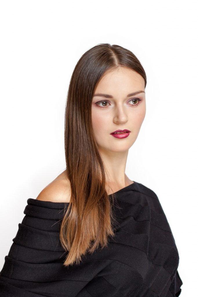 woman in black off shoulder shirt